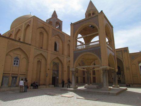 Isfahan tour-irantourismcenter.ir 2