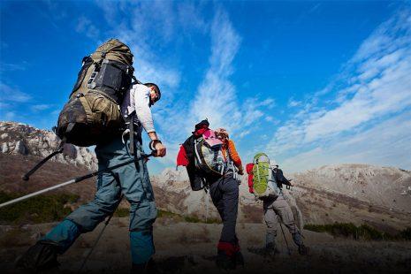 Trekking at Golestan Park-irantourismcenter.ir 1